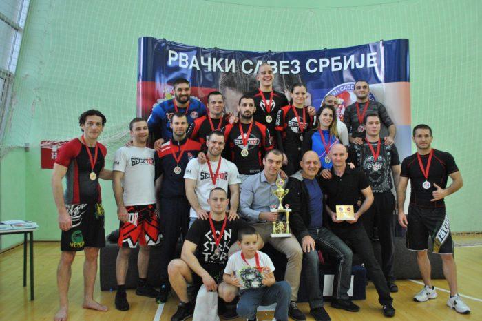 Dominacija rvačkog kluba Freestyle na prvenstvu Srbije u greplingu (VIDEO)