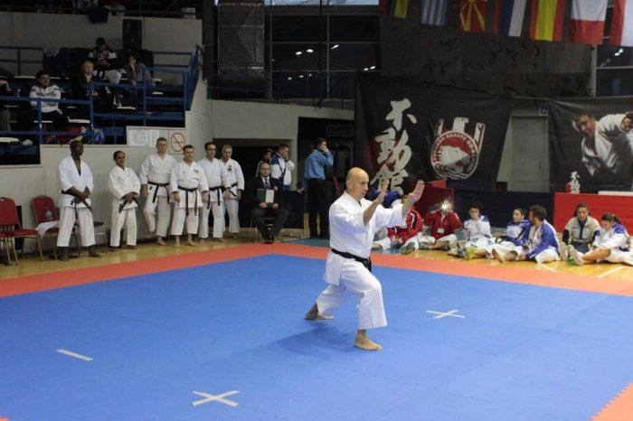 Sloga u karateu je kratko trajala, 400 klubova preti tužbom