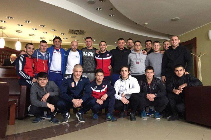 Najbolji srpski rvači na pripremama u Senti