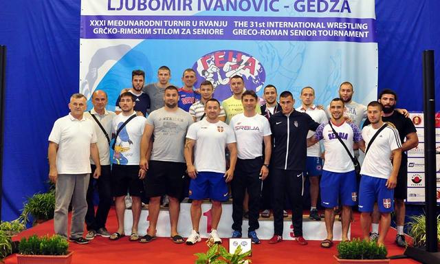 """Pet medalja za srpske rvače na """"Gedži"""""""