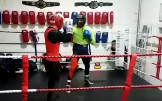 Ovako boksuje Konor Megregor, kakve su mu šanse?