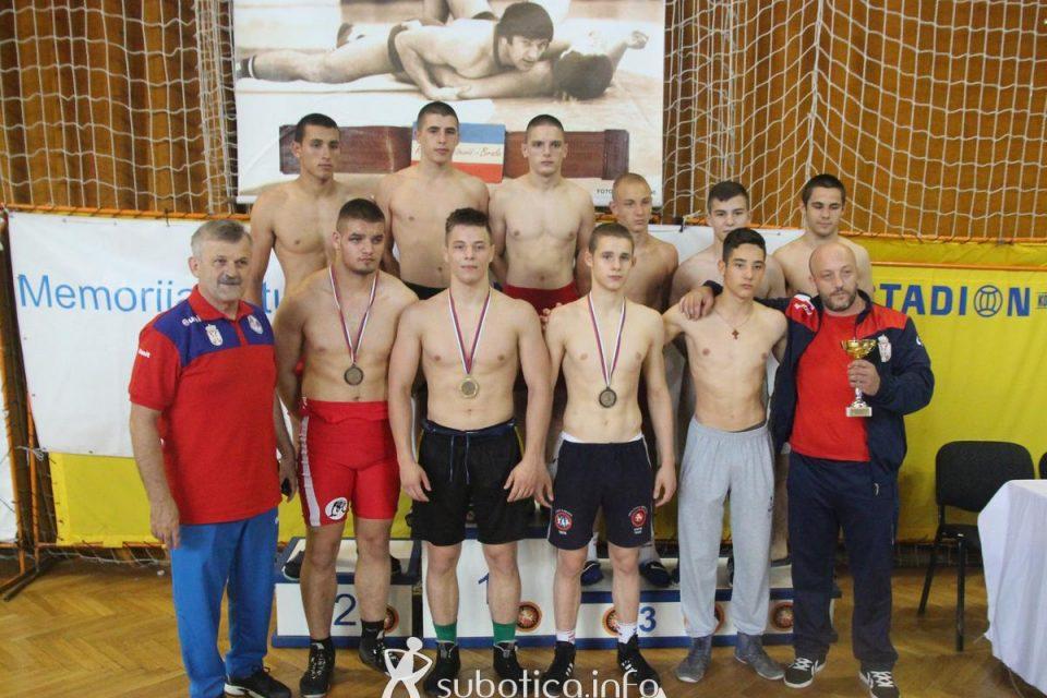 Zlato za Vukovića, Srbija ekipno treća