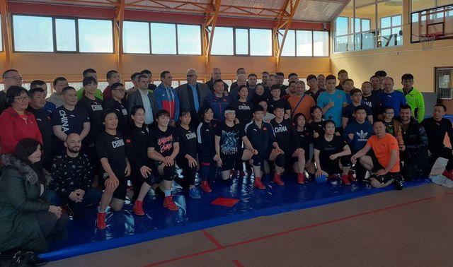 Najbolji kineski rvači na pripremama u Srbiji